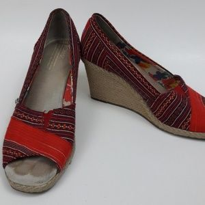 TOMS Multicolored Open Toe Wedges Womens Sz. 8.5